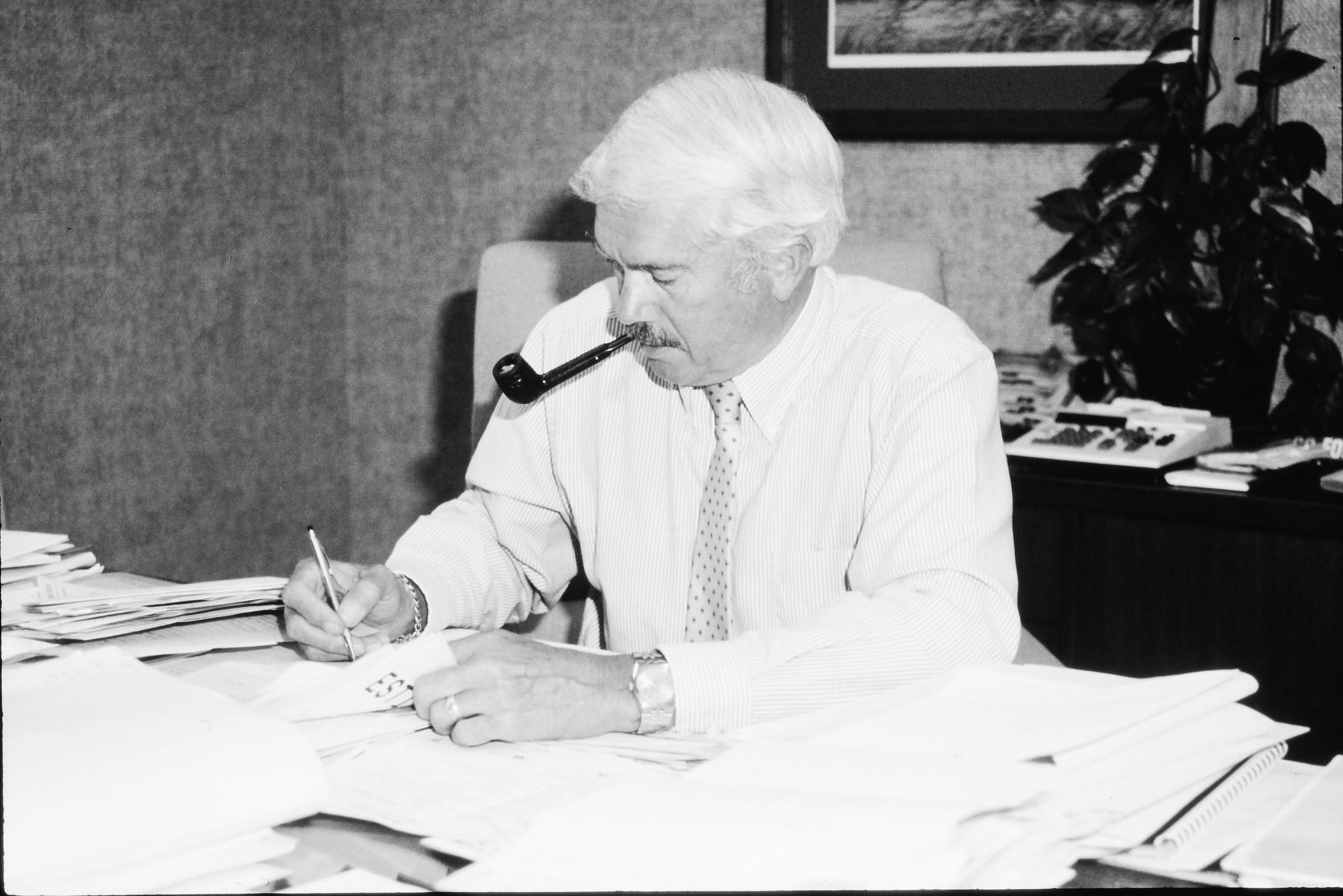 1980s-richard-l-schmidt-working-at-desk